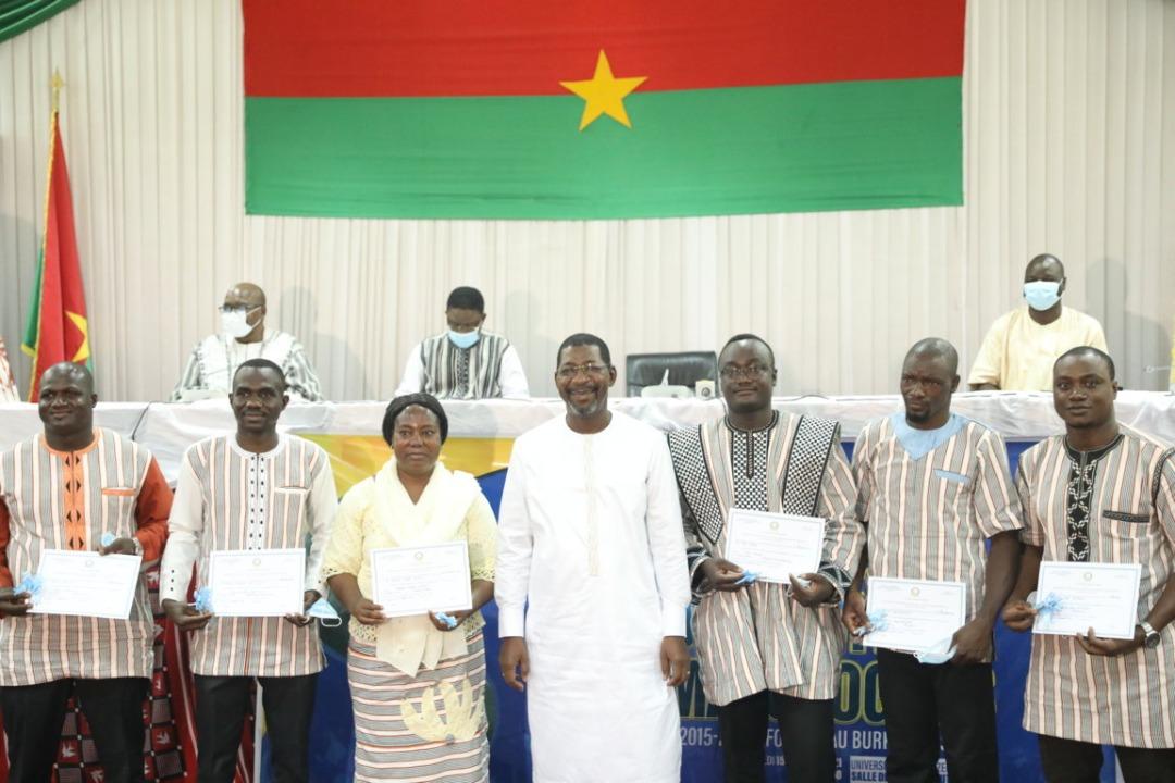 Sortie officielle de la première promotion de chirurgiens orthopédistes-traumatologues formés au Burkina.