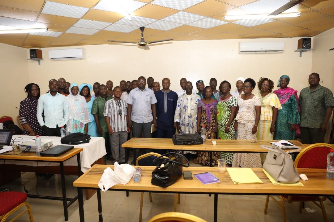 Atelier d'échanges et d'appropriation du nouveau régime d'étude et l'évaluation et l'évaluation de l'application des pratiques harmonisées dans les scolarités.