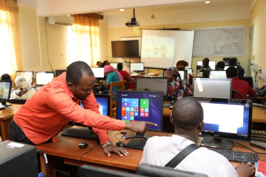 Formation : le personnel ATOS outillé en informatique